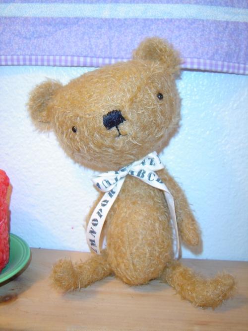Big_head_bear_001